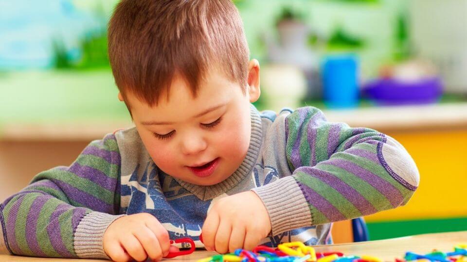 Autismo e disprassia differenze