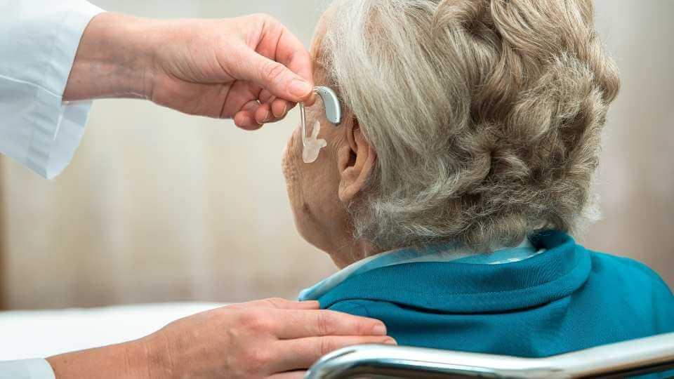 Tecnico audioprotesista guida alla professione
